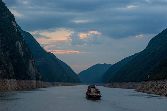 黄金邮轮,带你穿越最壮美的峡谷